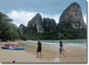 Paseando por la playa de Railay Oeste